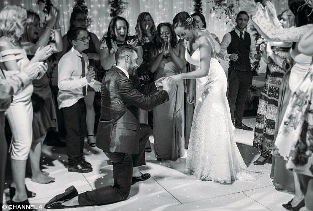 實境節目讓她嫁給「第一次見面」的帥氣陌生人,沒想到意外賺翻!