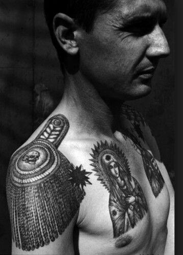 9種想紋身「命不夠硬就不要碰」的黑幫代表圖案,身上出現「淚滴」的千萬要放尊重點!