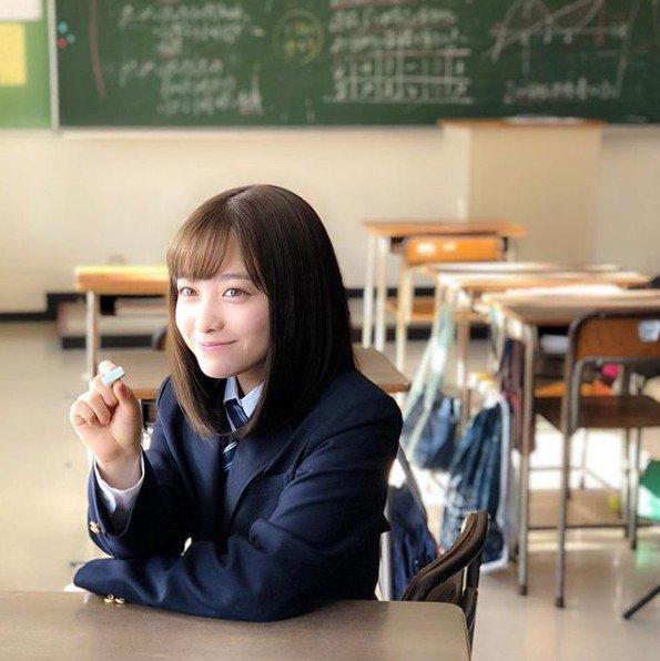 「千年一見美少女」橋本環奈長大了!「露雪乳+男友襯衫」展現19歲半熟少女誘惑