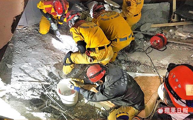 「浪費45小時」搜救員怒了!老闆「報錯房號又神隱2天」錯過黃金救援遺體陸續被挖出...