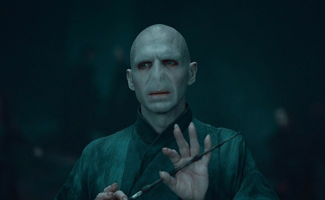 10個知名電影角色「特徵被移除後」的巨大爆笑改變 佛地魔「有鼻子」超母湯!