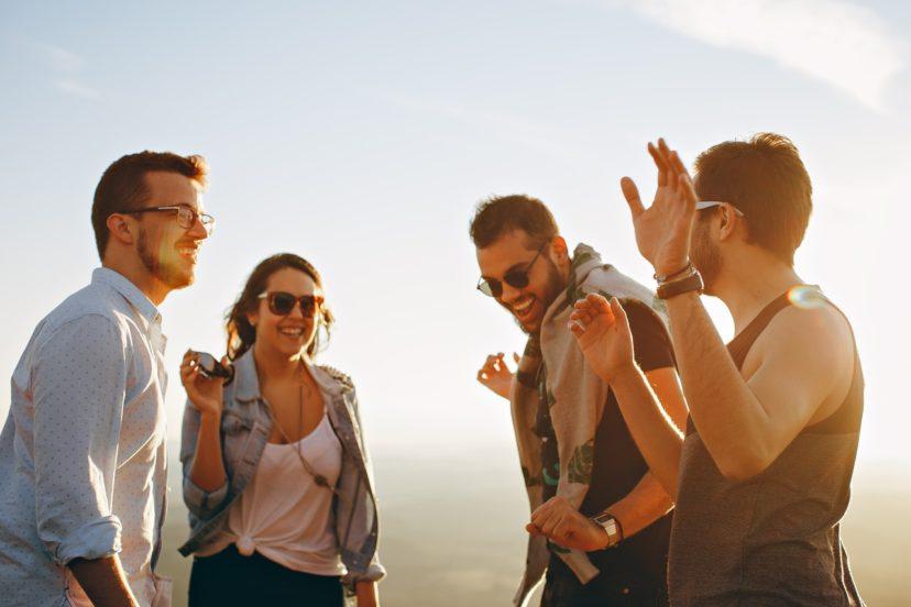 物以類聚是真的!研究證實:你和朋友會當好麻吉是因為「大腦神同步」!
