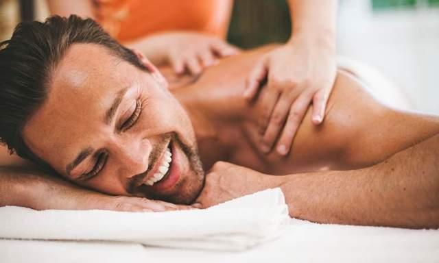 女按摩師公開「關燈後各種變態男顧客」:他「趴在床上一陣蠕動」起身後留下白白一攤...