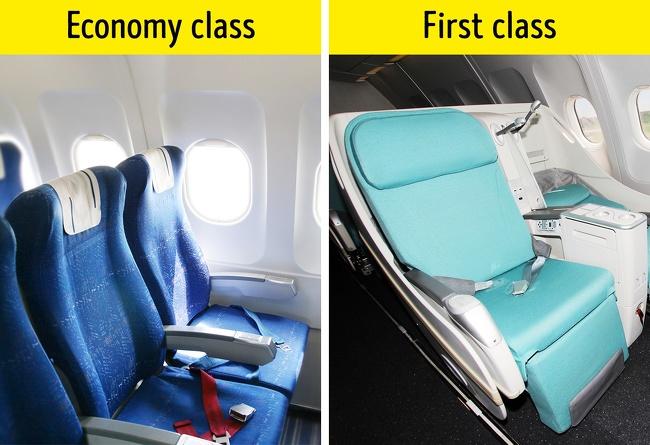 為何飛機的窗戶和座椅不是平行的?3個已經用了幾十年卻沒人注意「飛機座椅小規矩」,椅子顏色對乘客非常重要!