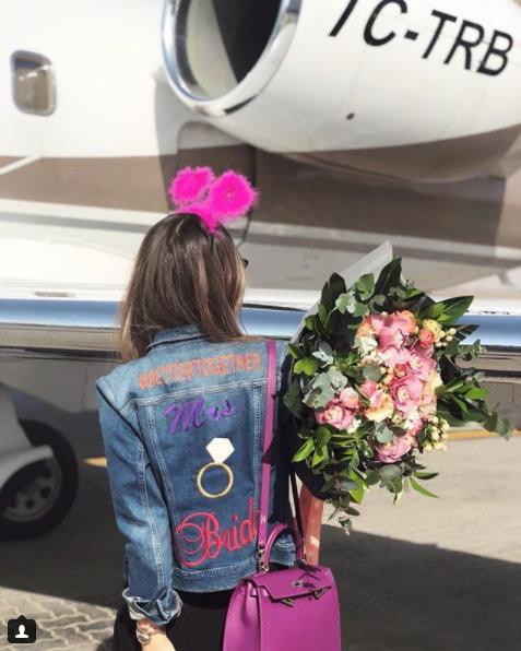 富商女4月結婚「杜拜開奢華單身趴」7姐妹火辣同遊,搭私人飛機出去剩「11具焦屍回家」