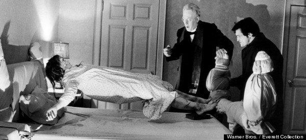 義大利爆每年「50萬人遭附身」,神父回憶「恐怖惡靈大肆入侵」:她不斷吐出針、髮辮、小石頭…