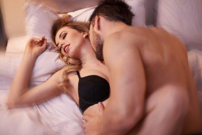 12個「讓你後悔沒有在第一次%%之前就知道」的首次愛.愛必備知識!女生覺得男生這樣很性感...