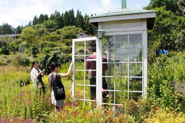 日本「從未撥通的電話亭」靠風傳思念 311倖存者:新家建好了,你們在哪裡?