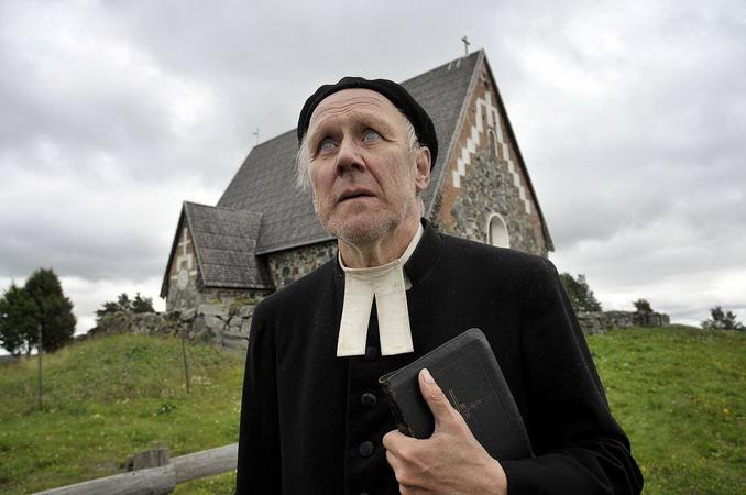神父%%需求很大?男妓出書爆料「天主教神父」是高級大客戶:他們很愛傳裸照給我