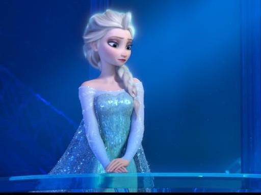 《冰雪奇緣》艾莎另一半「改配女朋友」,電影導演埋伏筆「艾莎每天都告訴我她想怎麼做!」