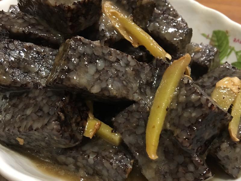 你以為豬血糕已經很恐怖?韓國「血腸」製作方式曝光,只慶幸豬本人看不到這一幕「血腥到爆」