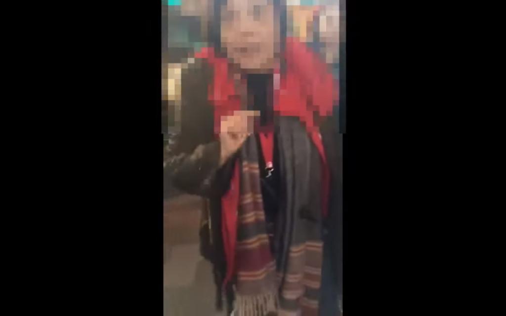 2歲小孩跟媽媽遊歐洲「哭鬧10天」,同團大媽崩潰「不會把他打死」網友意外支持:真的沒辦法接受...