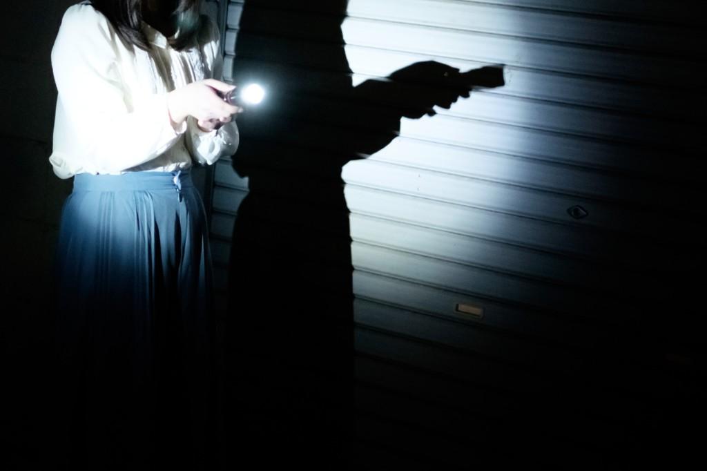 撞見女神跟男友「儲藏室恩愛」 工具人當2年崩潰「肖想打復仇ㄆ」