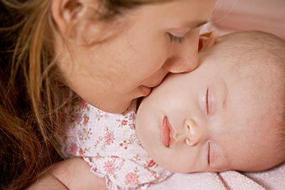 才一夜!3月女嬰全身長滿爛疱疹 媽:我只是親了她一下