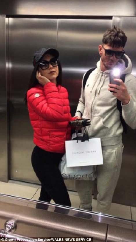 這對情侶「每天PO照炫富」開名車、穿名牌出國,結果被馬上逮捕「直接關進牢」!網:女友太蠢了