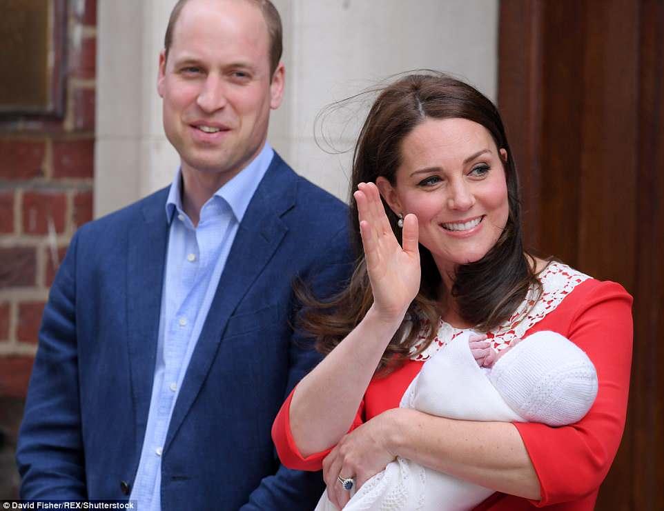 凱特王妃生完7小時「踩高跟鞋秀小王子」林可彤崩潰:她其實還在流血...