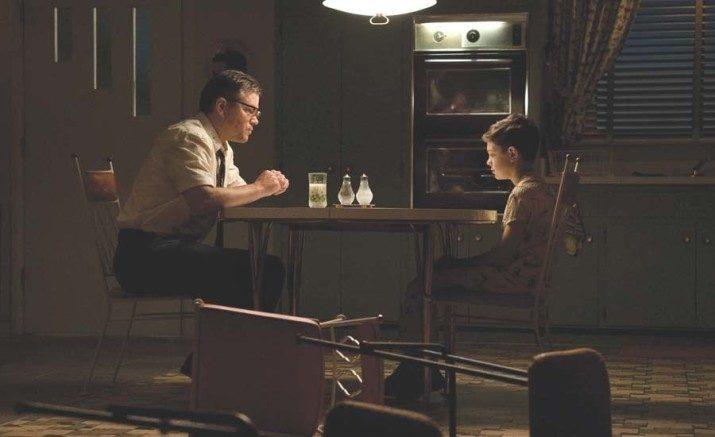 19個連史蒂芬金都大推的恐怖片《噤界》小秘密!片中女兒真的是「聾子」、浴缸場景其實是一鏡到底!