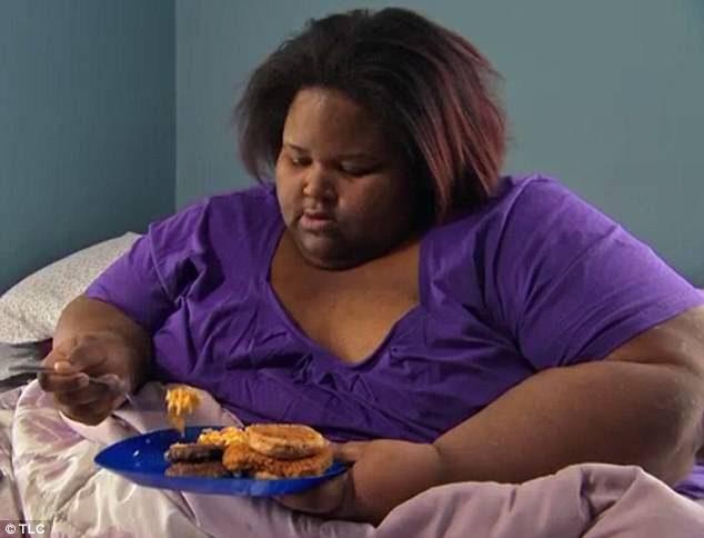 變胖才不會被性騷擾!195KG女為夫參加甩肉節目「體重不減狂增到300KG」,醫生:她封鎖我電話了...