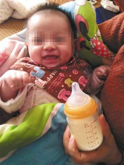 這對夫妻4年前慘死於車禍,4年後「心愛女兒」順利出生!奶奶開心:她的眼睛像我女兒