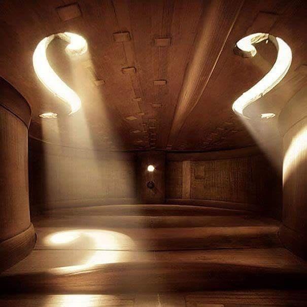 吉他的內部根本是個酒吧!19張「你所不知道的奇怪內部構造」圖片