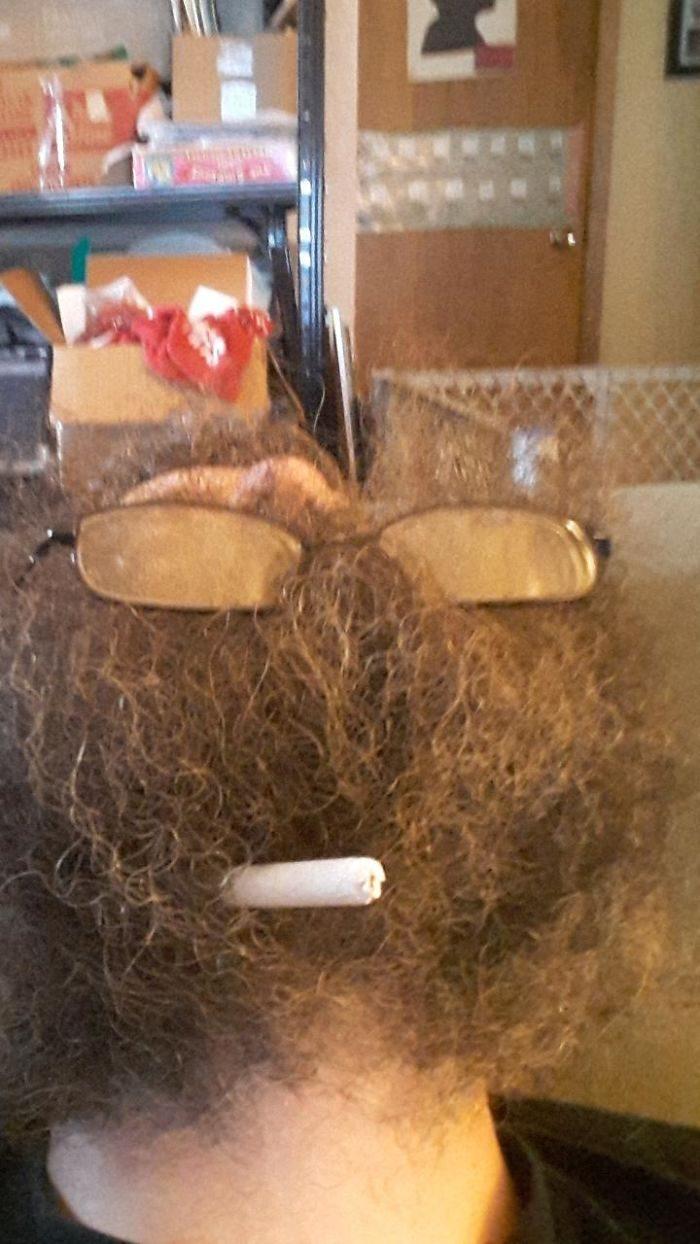 30張讓人看了莫名不舒服的「鬍子男人獵奇抬頭照」