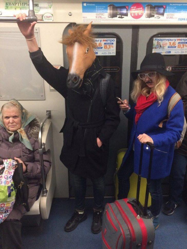 20個懷疑走錯棚「地鐵怪客」 《哈利波特》大家偷揪?