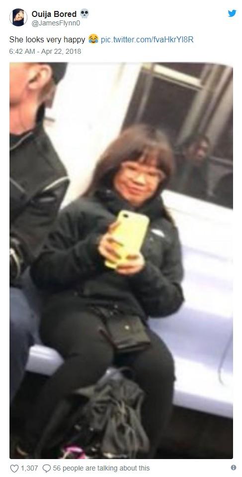 她在地鐵看到「超帥天菜」偷拍PO網 結果被「反將一軍」全網融化:戀愛了❤