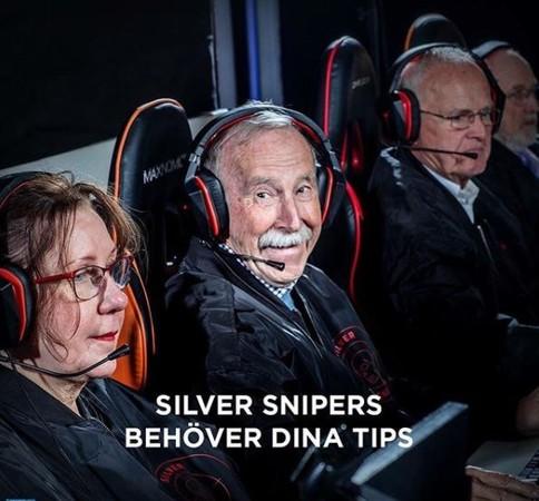 瑞典電競選手上場超傻眼,「71歲銀色狙擊手」秒K.O一堆小嫩肉!尤其那眼神只有殺氣啊...