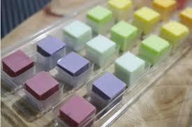 南韓食物沒極限!彩色黏土照樣吞肚 老江湖網友:真正傳統美食