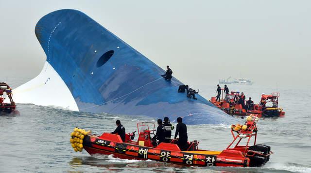 「沒有終點的畢業旅行」一艘輪船帶走300人命 學生鏡頭前向父母道歉:活著見吧
