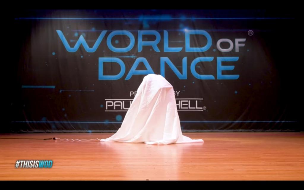人形木娃娃上台表演 「宛如皮諾丘附身」會毛到讓你屏氣凝神看完!