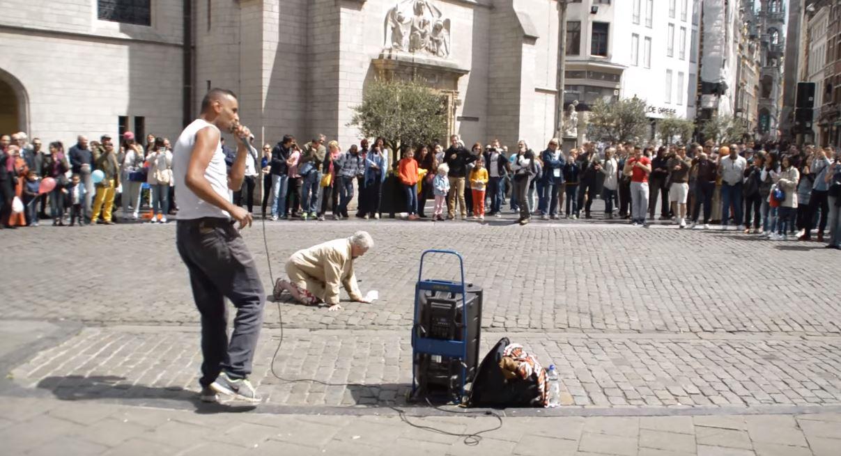 阿嬤在街上聽到Beatbox 一秒舞魂上身「扭得比女團還狂」全場嗨翻尖叫!