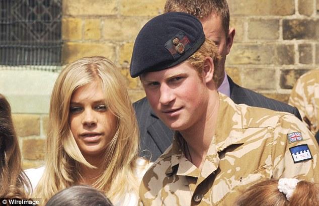 結婚前絕對是2碼事!11張「哈利王子婚前照」看完就知道梅根多偉大