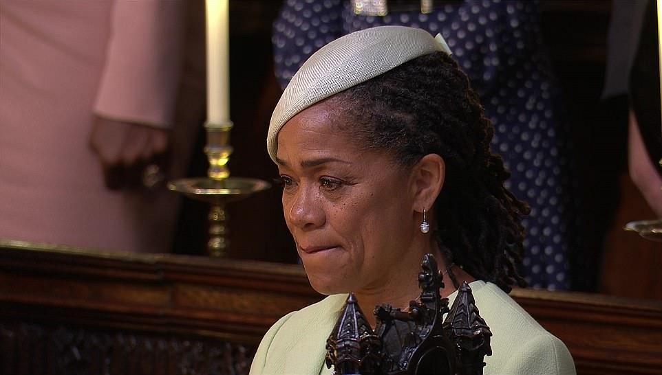 梅根媽獨自參加女兒婚禮 「淚灑紅毯」畫面感動全網