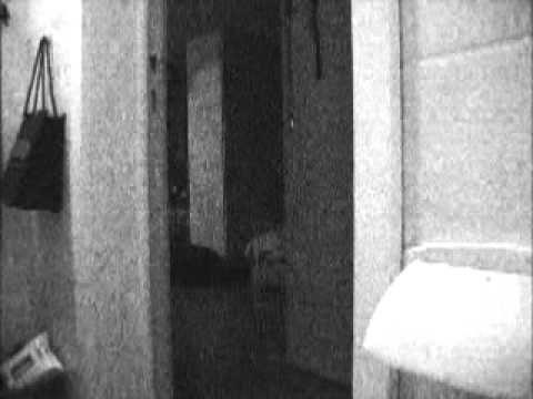 哭訴家裡6年鬧鬼沒人相信 結果監視器一錄...簡直讓他們嚇瘋了