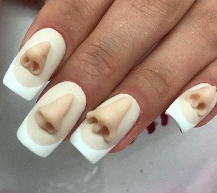 超噁指甲彩繪!俄羅斯設計師推「10顆大臼齒」美甲 網友傻眼:甚至還有蛀牙