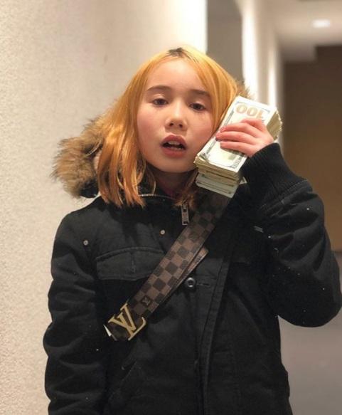 9歲網紅自認「天生來炫富」 踩藍寶堅尼嗆:老娘馬桶比你房租貴!