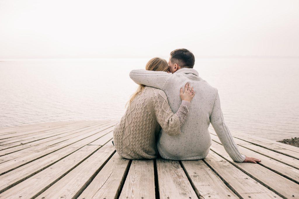 「愛聞男友味道」是因為可以紓壓 這項研究讓女友都瘋了!