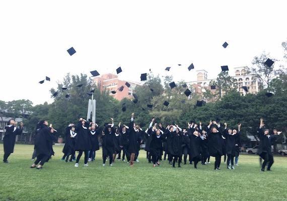 大學生畢業後「最懷念的5件事」 學生證優惠無極限!