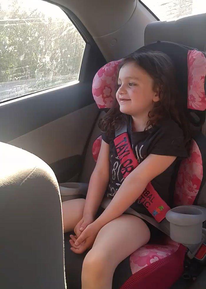 自閉童證實「一生都無法說話」 直到「第一次吃到薯條」結果超意外!