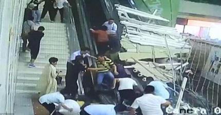 影/電扶梯搭一半「天花板整片掉落」!民眾嚇壞落荒而逃 9人跑不及