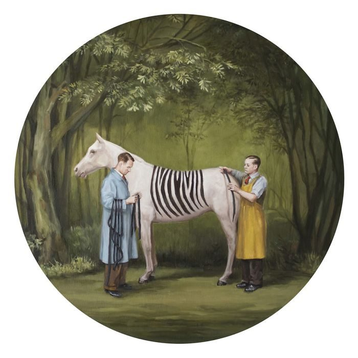 艺术家把「人类的丑陋面」绘成深度讽刺画作 北极熊VS黄色小鸭 -5b2227d73bc75