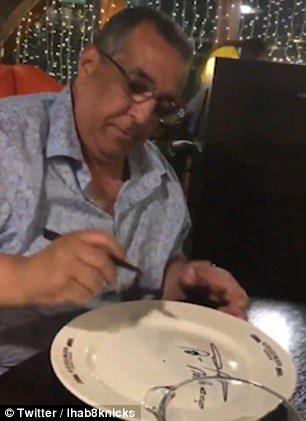 他假扮成摩洛哥首相「吃免訂位餐」 店家驕傲握手的臉讓人好想哭