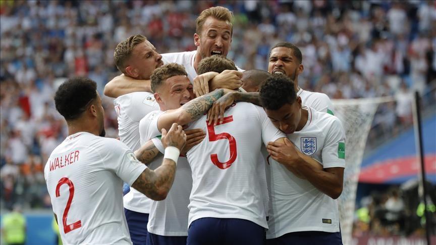 瘋狂球迷身上刺「英格蘭2018世足冠軍」 圖案越看越令人有點害羞啊~