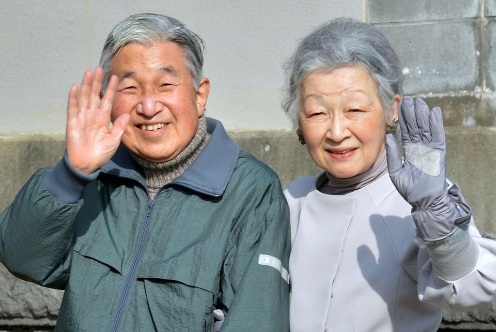 日本也有灰姑娘!為愛受壓力60年 平民皇后拒絕榮譽:相守一生已足夠