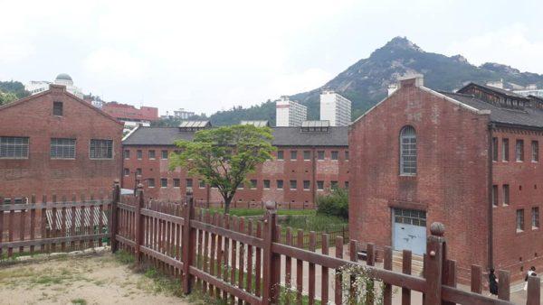 韓國最黑暗監獄 獨立份子被「關進針箱搖晃、嘴塞濕布澆水」身心崩潰!