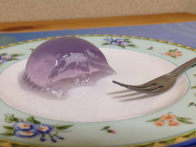 日本超商推「夢幻小行星水果凍」 神秘宇宙藏變色機關!