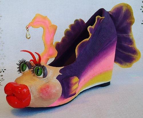 30+張「不知道設計師腦袋裡都裝什麼」超詭異鞋子照