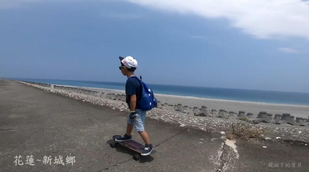 帥氣滑板Boy「滑遍整個花東」 霸氣老爸:我們家的暑假作業不是關在家裡寫!