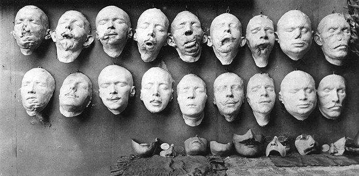 她為「失去眼睛鼻子」嚴重毀容的一戰士兵製作面具 重建了外表也修復了受傷的心!